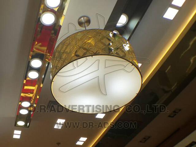 ทำป้ายตัวอักษร LED ร้านทอง และงานสติ๊กเกอร์-อะคริลิค